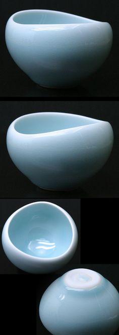 Kaida Akira  |  Sake cup (January 2011).