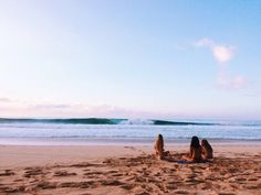 Bild via We Heart It https://weheartit.com/entry/168554167 #beach #friends #ocean #summer #sunset #travel