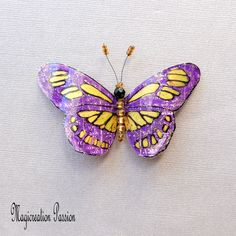 Butterfly plastic magnet decorative Diane Purple and gold 1 magnet for decorative wall, curtains, lamp shade - Home Decor romantic made in France Big Butterfly, Magnet, Diane, Violet, Gold Glitter, Insects, Wall Decor, Romantic, Curtains