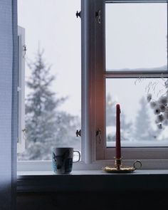#morningslikethese . . Good morning winterwonderland☃️ . . #godmorgennorge #winterwonderland #winter #snø #windowviews #cottagelife #hytteliv #interior #interiør #interior_magasinet #vakrehjemoginterior #finehjem #sjusjøen #visitnorway #vinternorge #snøfall #theweekoninstagram #feelfreefeed #inspiremyinstagram #marimekko