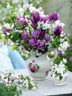 Exotic Flowers, Beautiful Flowers, Good Morning Happy Friday, Happy Brithday, Purple Wedding Bouquets, Happy Birthday Greetings, Water Flowers, Ikebana, Birthday Decorations