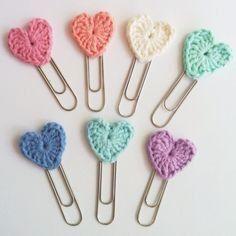 Paperclip Bookmarks, Crochet Bookmarks, Crochet Books, Love Crochet, Crochet Gifts, Crochet Motif, Crochet Flowers, Crochet Baby, Knit Crochet