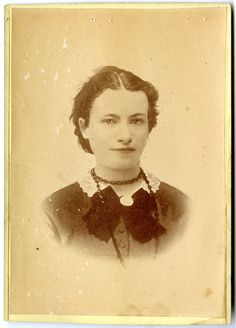 """Mattie Stephenson came from Illinois to Memphis to work as a nurse during the yellow fever epidemic of The """"Heroine of Memphis"""" died shortly after she began ministering to the sick and dying. Mississippi River Delta, Male Nurse, Vintage Nurse, Yellow Fever, Brave Women, People Of Interest, Photographs Of People, Edwardian Era, Past Life"""