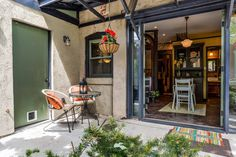 really cool carriage house space in denver $120/nt