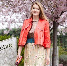 MAMA пишет: Вы уже наверное обратили внимание на новую рубрику #мода - колонку ведет Лина Леппер @WomanWhoStyle - модный стилист, которая живет и работает в Милане. Вы узнаете все о трендах и тенденциях, а также грамотном шопинге! Никакого лухари! Задавайте сво...  Открыть пост полностью: https://mama.app.link/jU2HyhmnoC