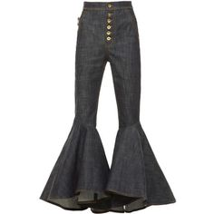 Epic 50+ Cropped Jeans & Pants for Women https://fashiotopia.com/2017/04/21/50-cropped-jeans-pants-women/ If you discover jeans a little uncomfortable, go for Gaucho pants. Well, there are lots of jeans and lots of t-shirts. It is possible to pair your cro...