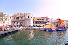Udaipur Lake Festival has again got a head back... Book Your Trip Now and Celebrate Beauty Of Lakes! Call at 9999194676 http://saxsonstravel.com/northern.html
