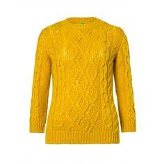Maglia girocollo, in misto lana, manica lunga, lavorazione losanghe e trecce.