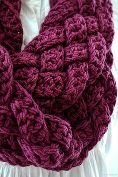 Repeat After me Crochet: Interweave: Rapunzel Scarf Free pattern ༺✿ƬⱤღ… Shawl Crochet, Knit Or Crochet, Learn To Crochet, Crochet Scarves, Crochet Crafts, Crochet Clothes, Crochet Stitches, Crochet Projects, Free Crochet