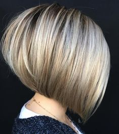 The Full Stack: 50 Hottest Stacked Haircuts Stacked Haircuts, Angled Bob Haircuts, Bob Haircut With Bangs, Twa Haircuts, Pixie Haircuts, Short Hairstyles For Thick Hair, Short Hair Cuts, Short Hair Styles, Hair Colors