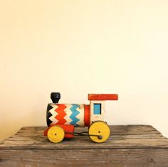 Vintage Fisher Price Train - 1950s Whistling Engine, Wooden.
