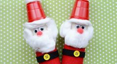 Adorable and easy, whip up a few Santas with your kids using toilet paper rolls, felt and cups!