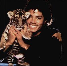 Do you remember when Michael Jackson looked like Michael Jackson??