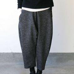 My kind of pants :) Wool Hunting Pants, Wool Pants, Fashion Pants, Fashion Outfits, Womens Fashion, Inspiration Mode, Japan Fashion, Minimal Fashion, Colorful Fashion