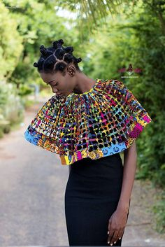 Top Ghanaian Accessory brand Aphia Sakyi debuts it's latest collection entitled 'Nhyria' (pronounced 'Enshrah'). The collection represents the status African African American Fashion, African Inspired Fashion, African Print Fashion, African Fashion Dresses, African Prints, African Attire, African Wear, African Dress, African Accessories