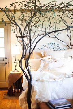 Forest-themed kid's room | Garden Theme Bedroom Ideas Fairytale Bedroom, Dream Bedroom, Enchanted Forest Bedroom, Woodland Bedroom, Master Bedroom, Bedroom Themes, Bedroom Decor, Bedroom Ideas, Forest Theme Bedrooms