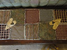 Raggedy Ann and Andy rag quilt with prim by TristensHopechest