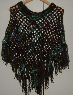 Lady's crocheted poncho ref 477 £15.00