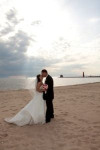 Beach Weddings Grand Haven Michigan Saying I Do In The Area Pinterest And Destination Wedding