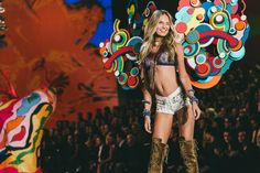 Your Front Row Seat at the 2015 Victoria's Secret Fashion Show | GQ