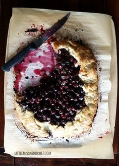Here is another recipe inspired by theSkyrim: Hearthfire expansion - Juniper Berry Crostata! Ooey-gooey blueberry/juniper berry filling  encased in one of the best crust recipes you will ever have in your life.