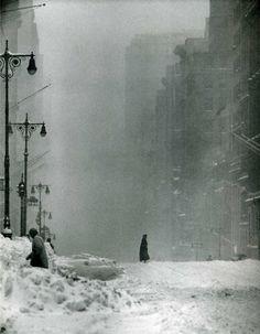 Andreas Feininger: Big Snow, 42nd Street, 1956