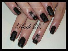 http://radi-d.blogspot.com/2013/01/black-cat-matt.html