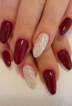 There are three kinds of fake nails which all come from the family of plastics. Acrylic nails are a liquid and powder mix. They are mixed in front of you and then they are brushed onto your nails and shaped. These nails are air dried. Burgundy Nail Designs, Pretty Nail Designs, Burgundy Nails, Dark Red Nails, Burgundy Wine, Black Nails, Red Gel Nails, Red Burgundy, Xmas Nails