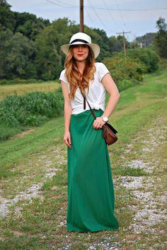 maxi dress, bag, panama hat!