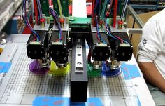 HYREL 3D Prints With Four Extuders At Once http://3dprinterplans.info/hyrel-3d-prints-with-four-extuders-at-once/