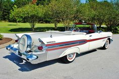 1957 Pontiac Bonneville More