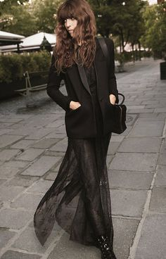 Lou Doillon embodies Parisian chic in Maje campaign Charlotte Gainsbourg, Serge Gainsbourg, Parisienne Chic, Lou Doillon, Jane Birkin, Looks Style, Style Me, Goth Style, Black Style
