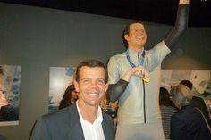 Torben Grael ganha estátua no Museu do COI - Laguna Olímpico