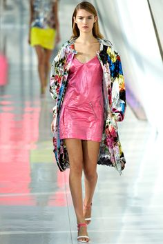 Preen Spring 2014 RTW - Review - Fashion Week - Runway, Fashion Shows and Collections - Vogue
