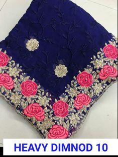 Designer Net Embroidered Bollywood Sarees from Ubig Fashion Net Saree Blouse, Sari Dress, Saree Blouse Designs, Hand Embroidery, Embroidery Designs, Lehenga Online, Bollywood Party, Wedding Sari, Peacock Print