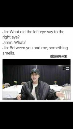 Sometimes I find them really funny but other times I just wanna dig a hole and disappear Ermegerd, of course, Jin and his dad jokes. Bts Jin, Bts Bangtan Boy, Jimin, K Pop, Jin Dad Jokes, Bts Memes Hilarious, Funny Videos, Lol, Really Funny