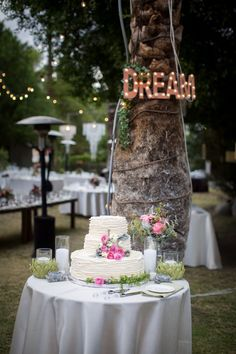 wedding cake idea; Zoom Theory Photography