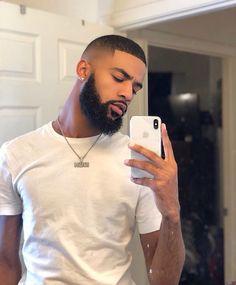 Girl you don't need a n*gga for nothing 🥵 Black Men Haircuts, Black Men Hairstyles, Black Men Beards, Handsome Black Men, Growing Facial Hair, Beard Haircut, Dreadlock Hairstyles, Men's Hairstyle, Beard Grooming