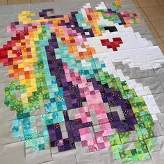 Unicorns are always a good idea, right? A special request from my oldest. Baby Patchwork Quilt, Lap Quilts, Quilt Baby, Scrappy Quilts, Quilting Projects, Quilting Designs, Watercolor Quilt, Homemade Quilts, Rainbow Quilt