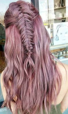 24 EASY SUMMER HAIRSTYLES TO DO YOURSELF