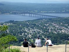 panoramic view of the Newburgh-Beacon Bridge