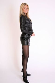 Lovely Ladies in Leather: May 2016 Stockings Outfit, Sexy Stockings, Belle Lingerie, Leather Mini Skirts, Leather Dresses, Bas Sexy, Leder Outfits, Girl Fashion, Fashion Outfits
