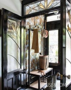 South Shore Decorating Blog: Black and White Done Right (Part 1) Amazing Entry porch