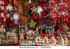 Magic tyrolean christmas market in the Piazza Grande of Arezzo, Tuscany #Christmas #ChristmasMarket #Tuscany #Tyrolean #SantaClaus #Red #Decorations #Xmas #Festive #Winter #TrentinoAltoAdige #Arezzo