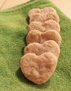 design. bake. run. -- homemade teething biscuits