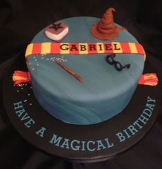 I want a Harry Potter cake for my birthday this year. :-)