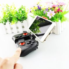 GAMERS, something you cannot miss !! JOYSTICK BLUETOOTH CONTROLLER SELFIE SHUTTER FOR SMART PHONE!!