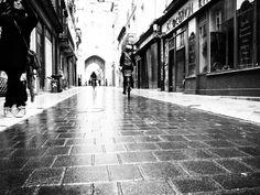 Bordeaux Black and White | Tukibomp
