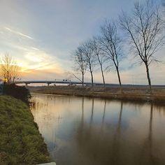 A #chilly day  #sun #horizon #ice #amsterdam #amsterdamzuidoost