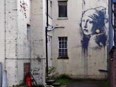 Girl with a Pierced Eardrum by Banksy, The girl's earring is an outdoor security alarm. Banksy painted this in his hometown of Bristol, U. Graffiti Art, Street Art Banksy, Banksy Work, Banksy Mural, 3d Street Art, Art Mural, Street Artists, Street Art Graffiti